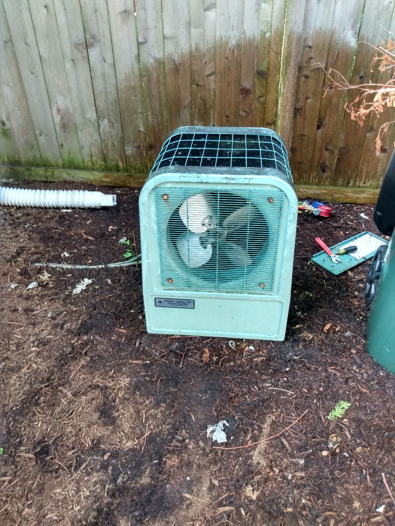 Barrington, IL - Performed AC maintenance on York air conditioner. Air conditioning tune up in Barrington.