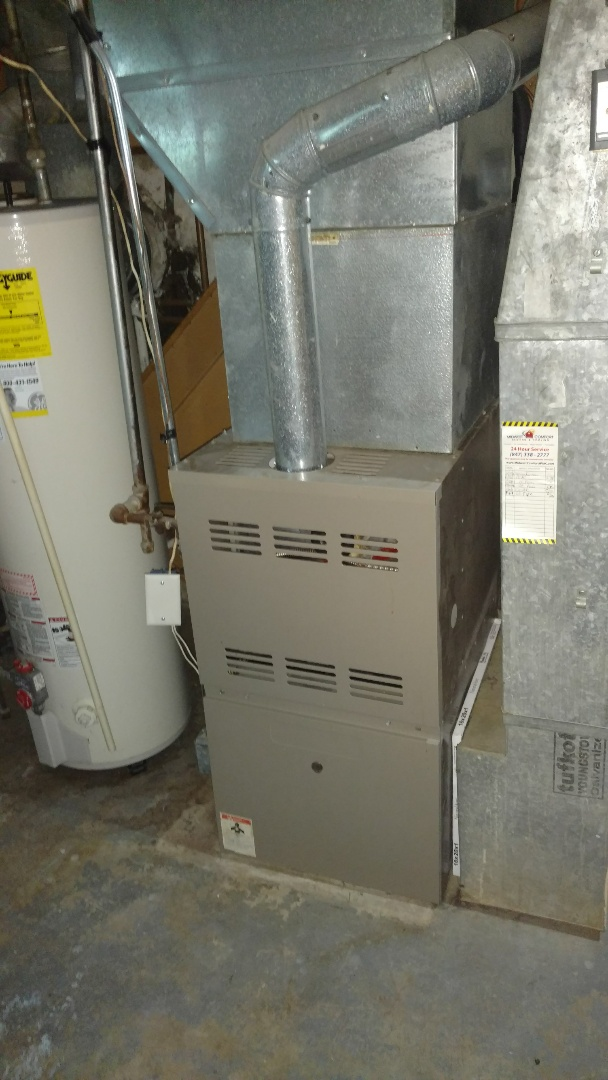 Des Plaines, IL - Goodman furnace cleaning and safety check.