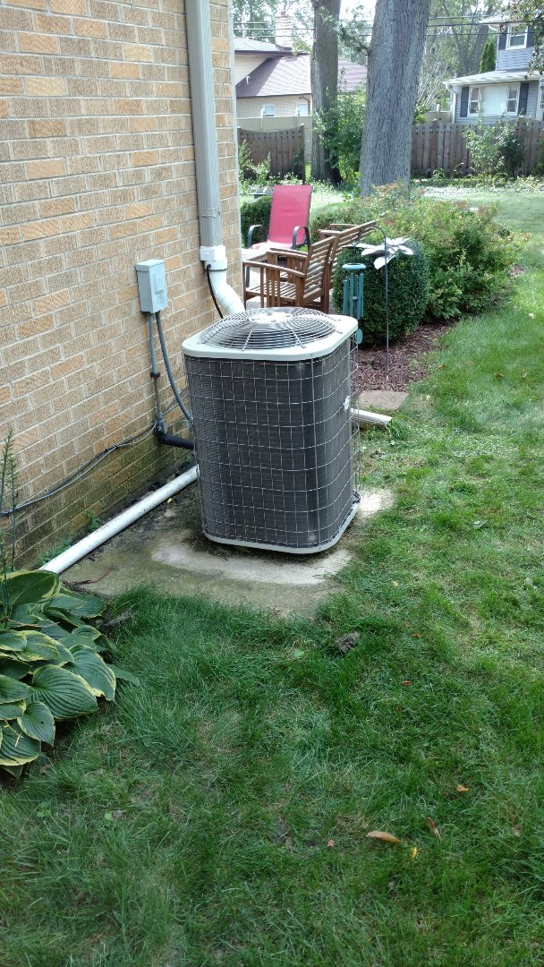 Arlington Heights, IL - American Standard furnace clean and check, plus Payne AC Service.