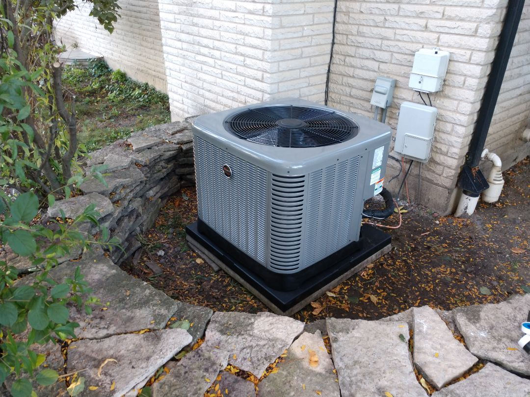 Arlington Heights, IL - HVAC installation. We installed a Ruud 96% furnace and 15 seer air conditioner. We also installed Aprilaire 600 humidifier and air cleaner