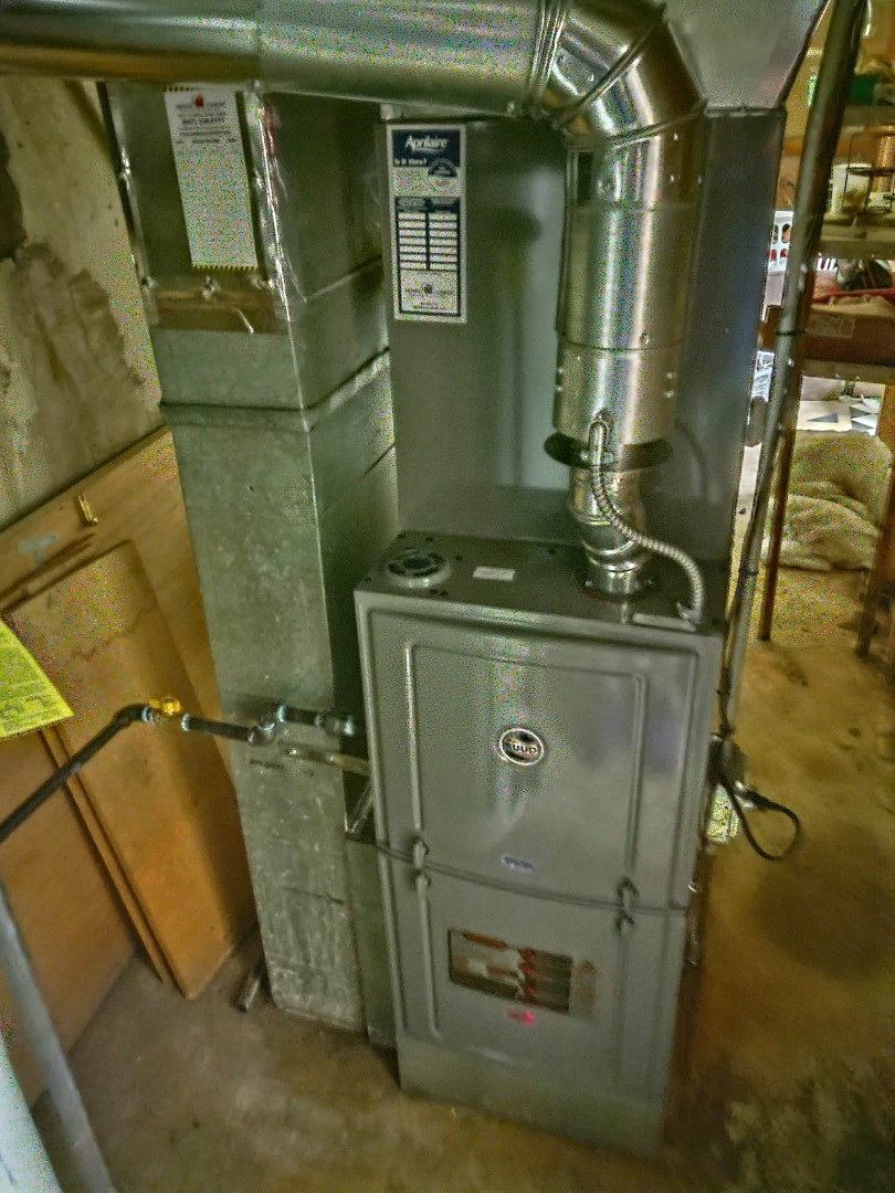Mount Prospect, IL - HVAC install We installed an 80%  Rheem/Ruud r801c furnace, ra13 air conditioner and evaporator coil. We also installed an Aprilaire 600 humidifier