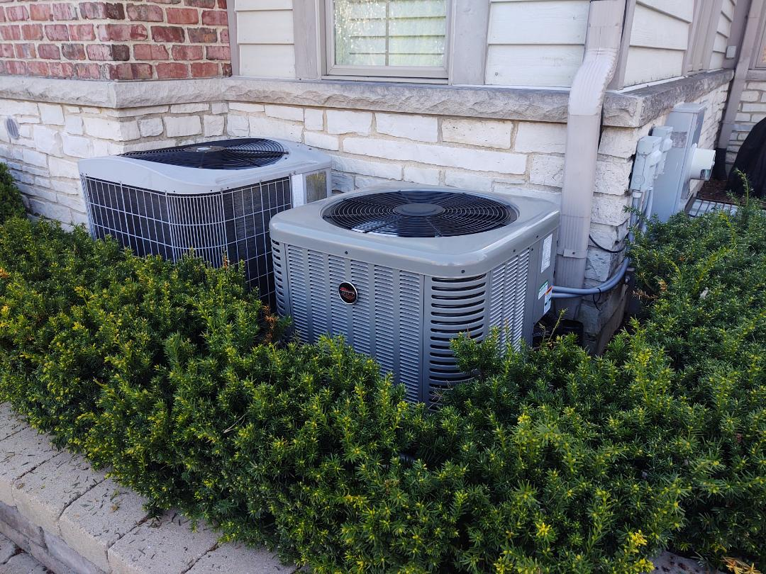 Glenview, IL - Ac replacement. We installed a Ruud ra13 air conditioner
