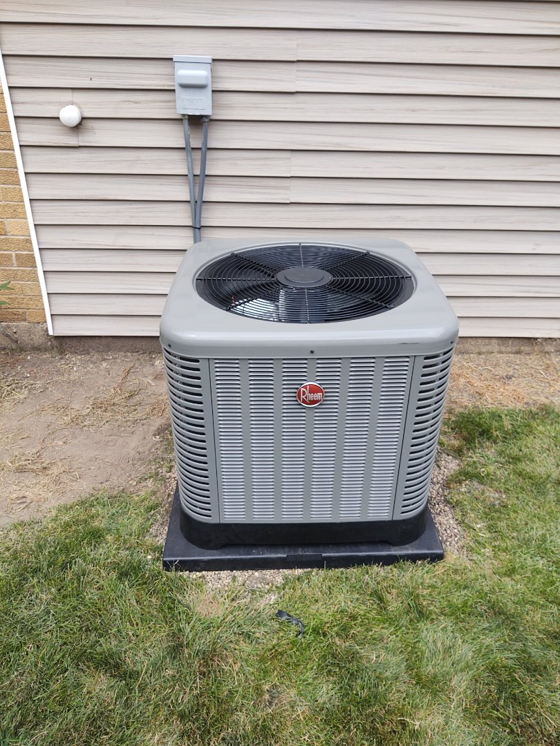 Mount Prospect, IL - Ac installation We installed a Rheem ra13 13 seer air conditioner