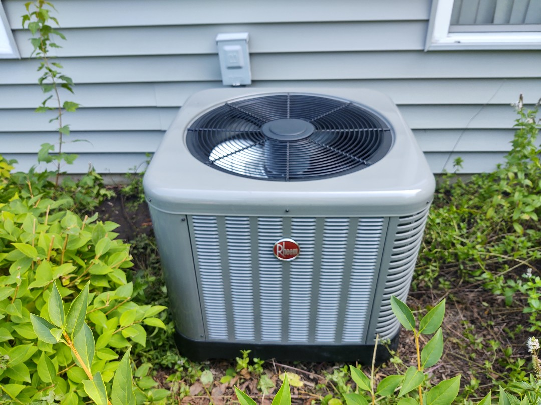 Palatine, IL - Ac installation We replaced a Lennox condenser that had a faulty compressor. We installed a Rheem ra13 13 seer air conditioner with an ADP indoor evaporator coil