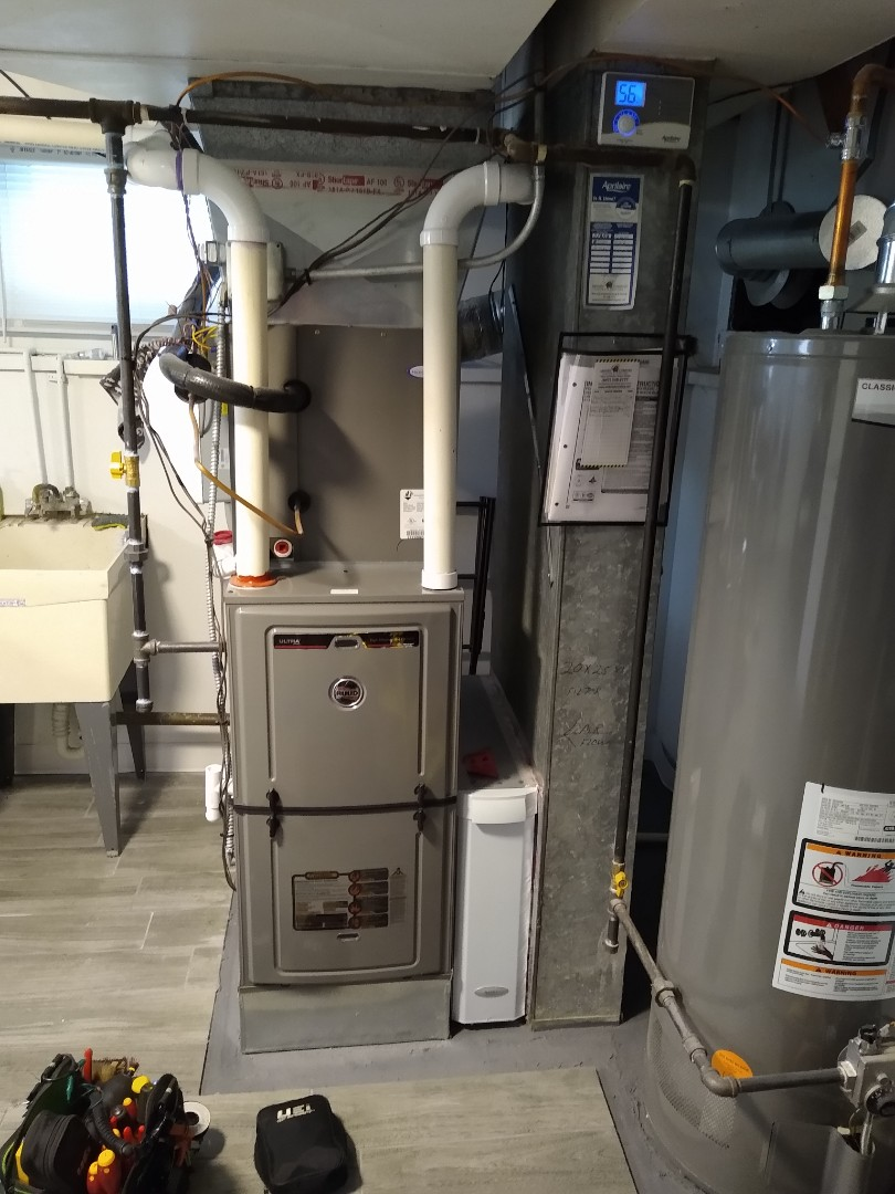 """Mount Prospect, IL - Added return air with a 6"""" round vent. Ruud high efficiency furnace was making a slight chirping noise when the blower motor would kick on."""