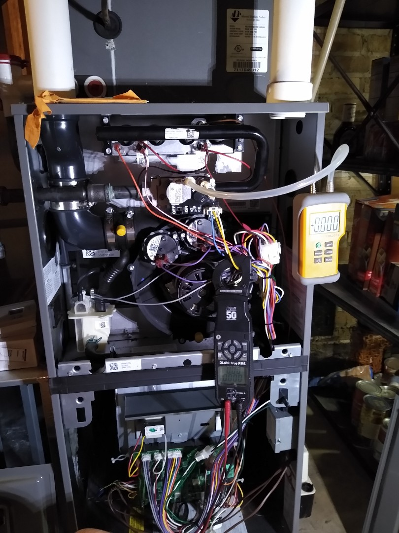 Furnace tune up on Ruud 96% efficiency variable speed furnace. With aprilaire humidifier and aprilaire Merv 11 filter