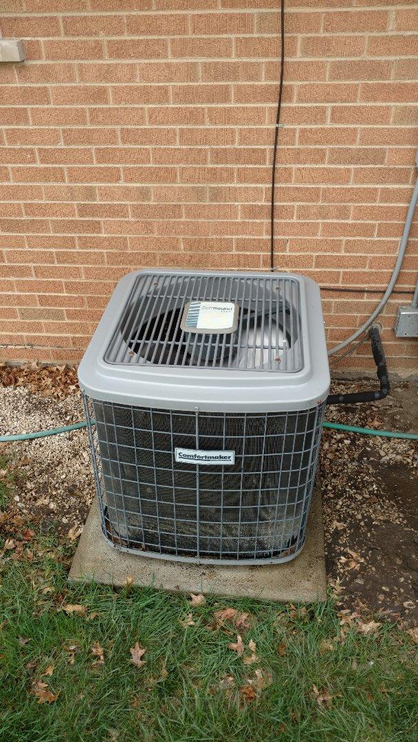 Mount Prospect, IL - Air conditioner maintenance call. Performed air conditioning maintenance on comfort maker unit.