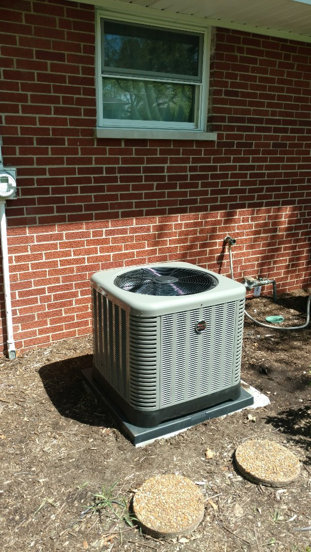 Park Ridge, IL - Air conditioning installation call. Performed air conditioner install on Ruud unit.