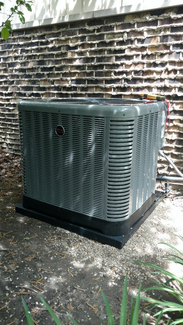 Arlington Heights, IL - Air conditioner installation call. Performed air conditioner install on Ruud unit.