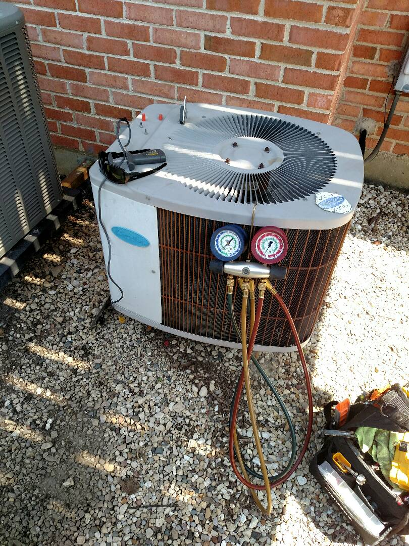 Mount Prospect, IL - No Cool service call Carrier Air Conditioner in Mt Prospect. AC repair