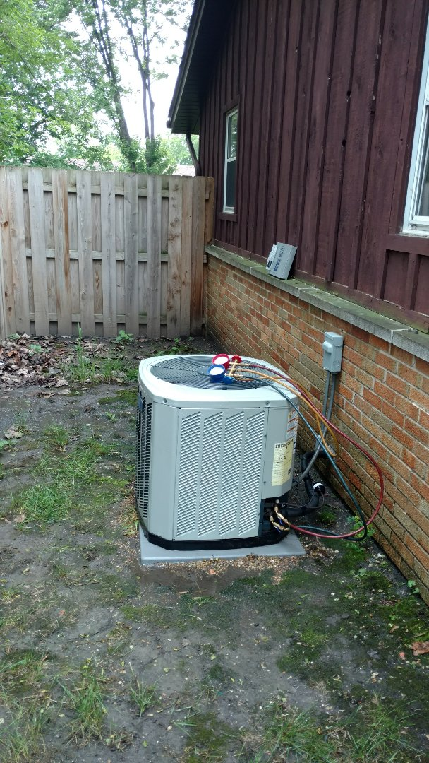 Elk Grove Village, IL - Air conditioner maintenance call. Performed air conditioning maintenance on American Standard unit.