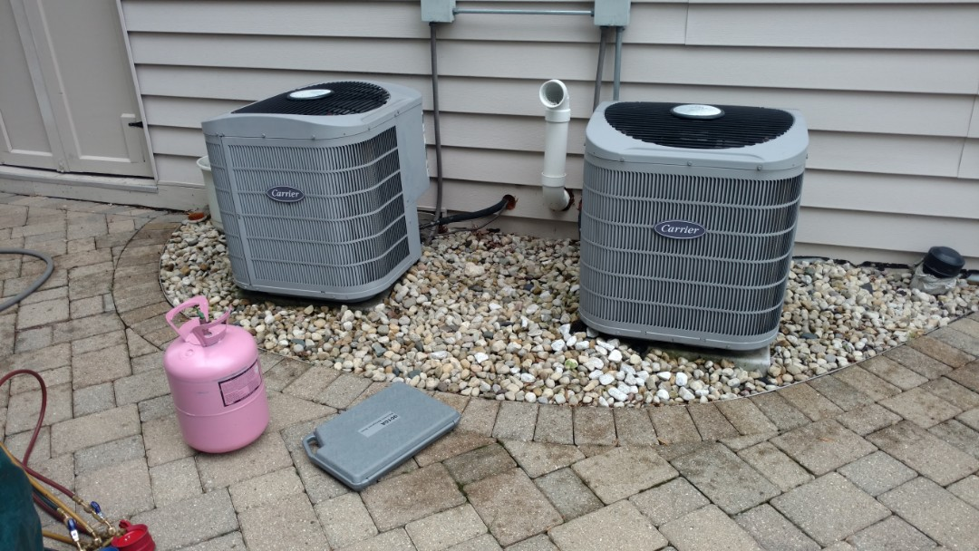 Wheeling, IL - Air conditioner maintenance call. Performed air conditioning maintenance on Carrier units.