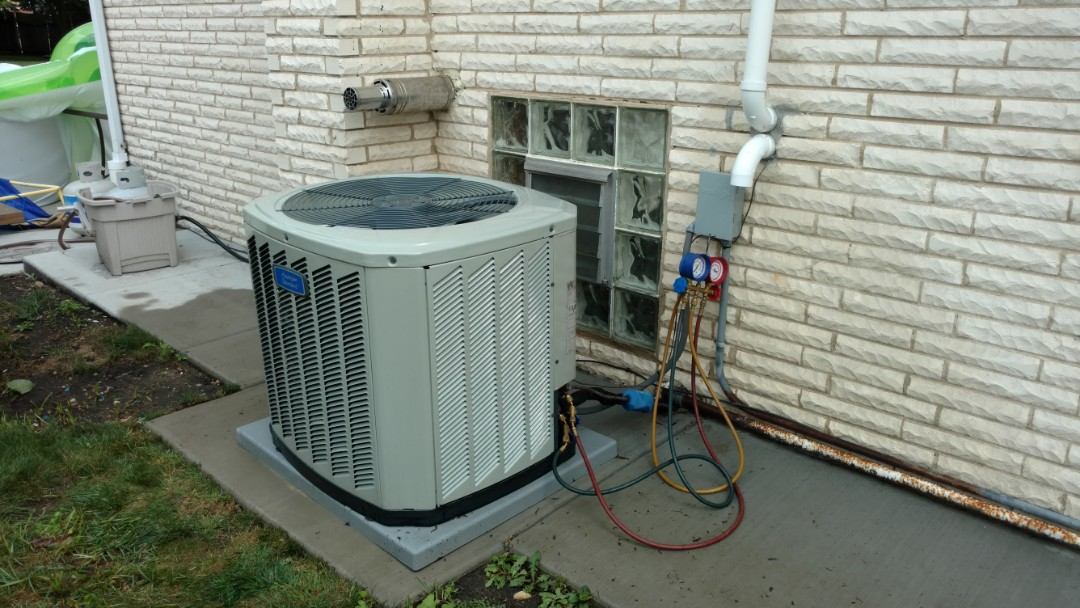 Mount Prospect, IL - Air conditioner service call. Performed air conditioner repair on American standard unit.