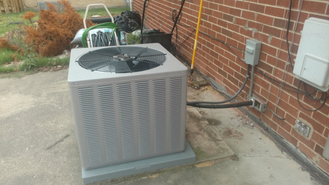 Mount Prospect, IL - Air conditioner installation call. Performed air conditioner installation on weather king unit.