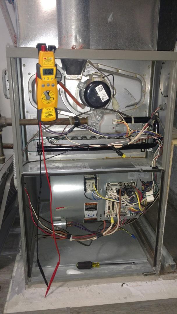 Mount Prospect, IL - Furnace maintenance call. Performed furnace maintenance on Lennox unit.