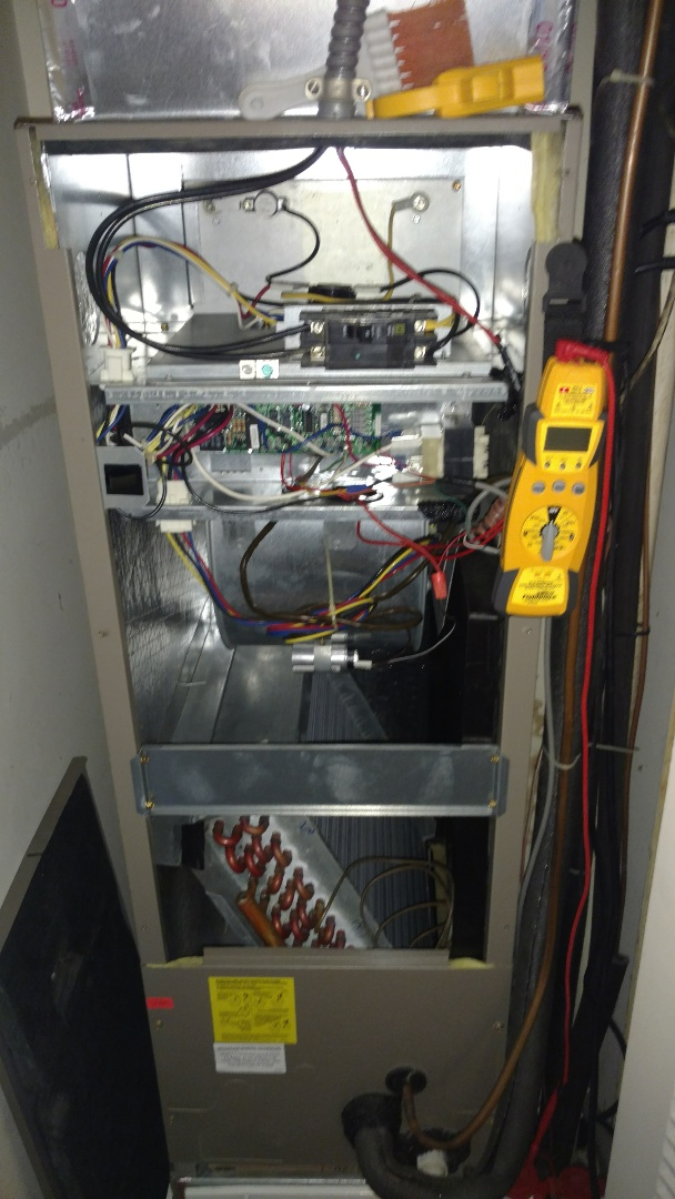 Mount Prospect, IL - Air handler maintenance call. Performed heat maintenance on ADP unit