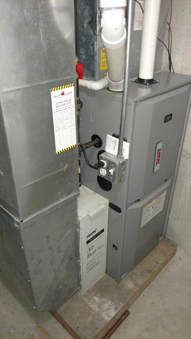 Des Plaines, IL - Furnace maintenance call. Performed furnace maintenance on Heil units.