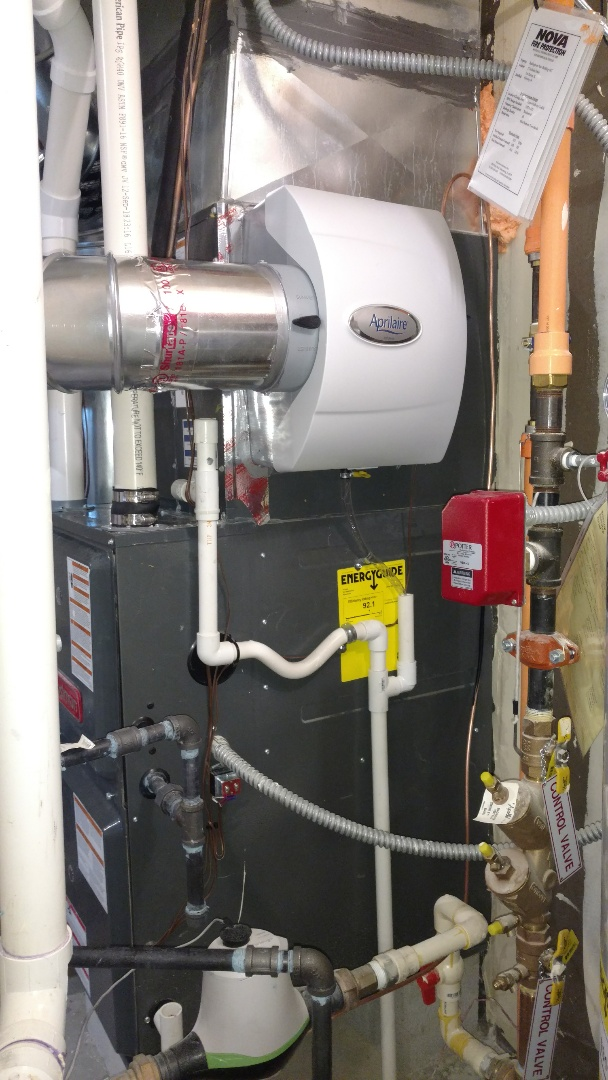Des Plaines, IL - Humidifier installation call. Performed humidifier installation on Aprilaire unit.