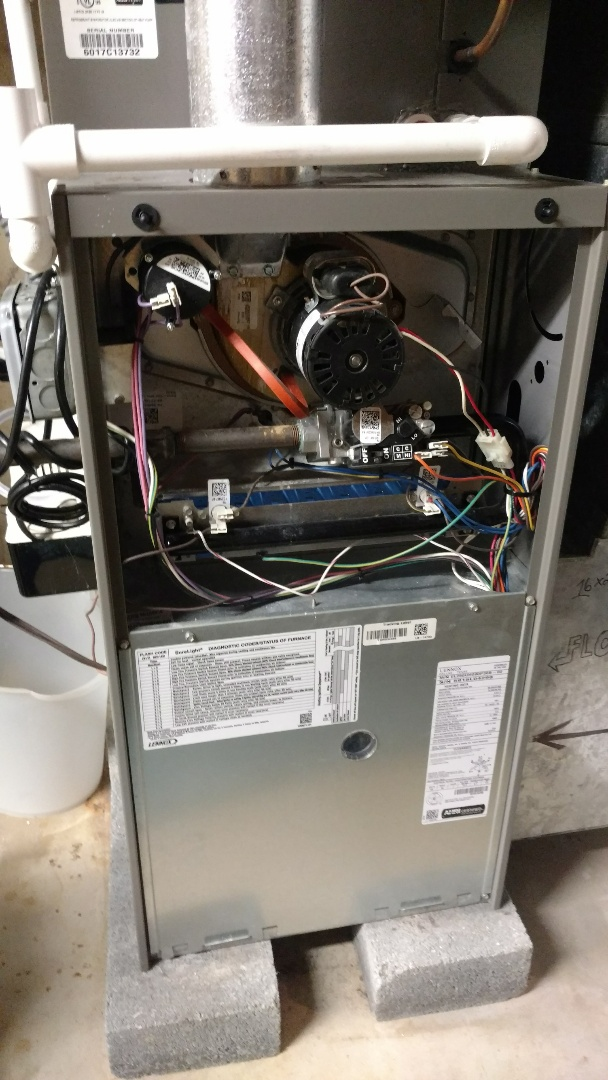 Mount Prospect, IL - Furnace service call. Performed furnace and humidifier service on Lennox unit