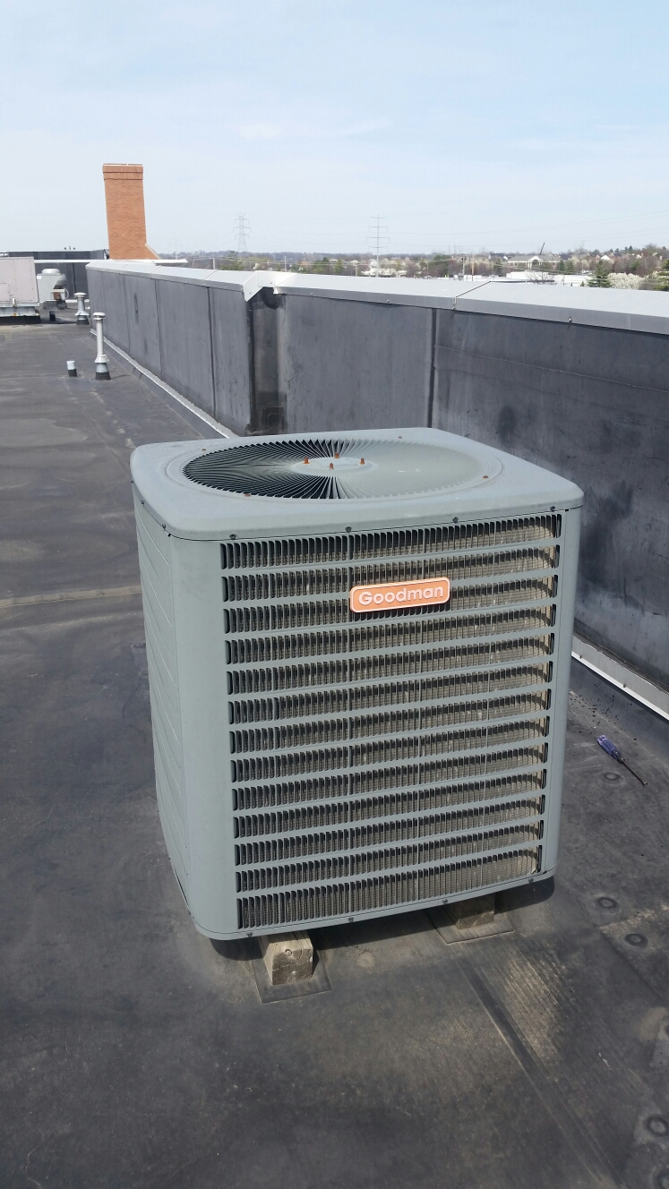 Chesterfield, MO - Doing a spring maintenance on a goodman air conditioner