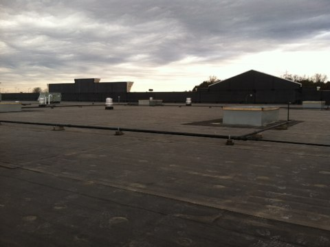 Jefferson City, MO - Installing 4 rooftop curves