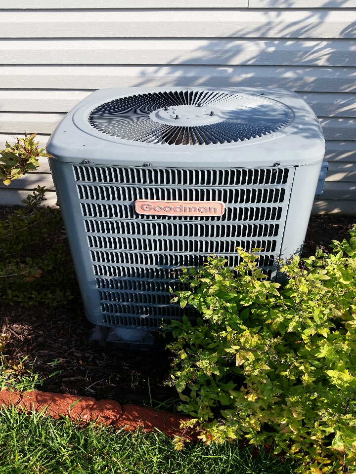 Lake Saint Louis, MO - repairing a Goodman air conditioner