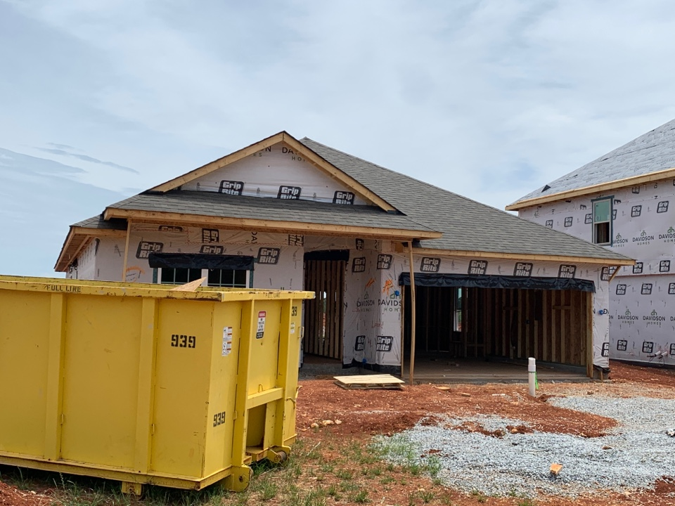 Athens, AL - New Construction Roofing Project near Athens, AL! Owens Corning Oakridge Driftwood