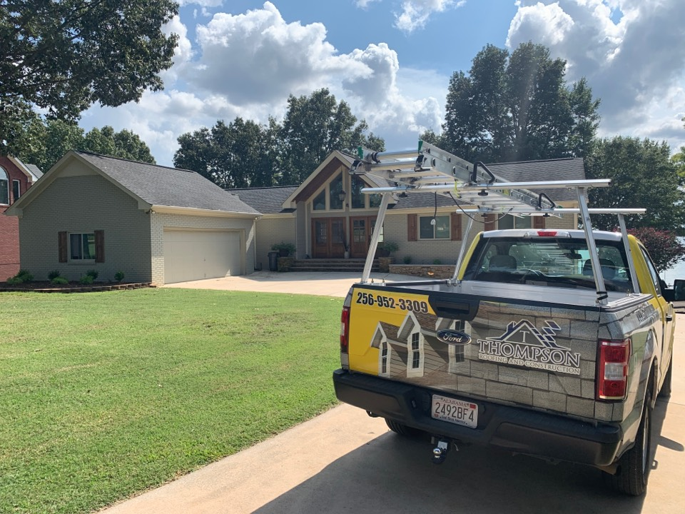 Athens, AL - Remodeling a home in Athens, Alabama, this homeowner calls on the local contractor with experience and a proven track record of quality and success, Thompson Roofing and Construction.
