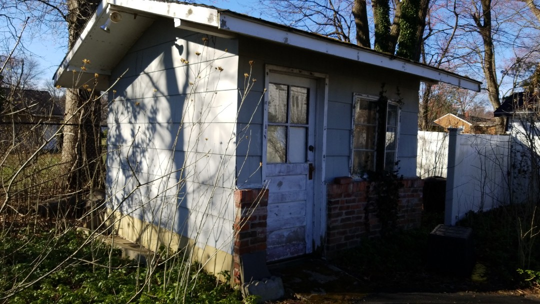 Hanover, NJ - This shed needs roofing and siding in Whippany New Jersey