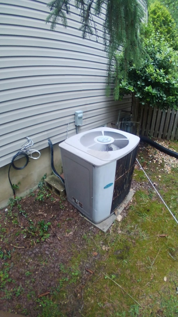 Manalapan Township, NJ - Replacement of old carrier ac unit
