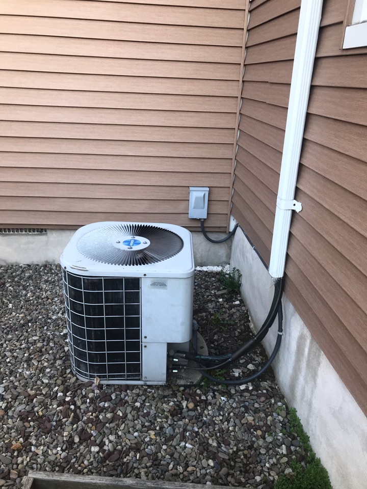 Union, NJ - Replacement of a Tempstar gas furnace and air conditioning system in Union.