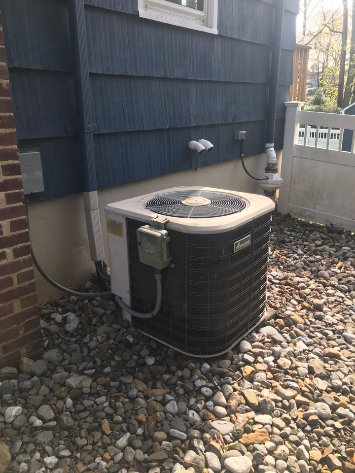 Westfield, NJ - Replacement of Amana central air conditioning in Westfield.