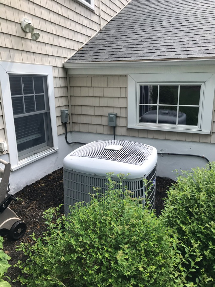 Berkeley Heights, NJ - Replacement of a Carrier central air conditioning system in Berkeley Heights.
