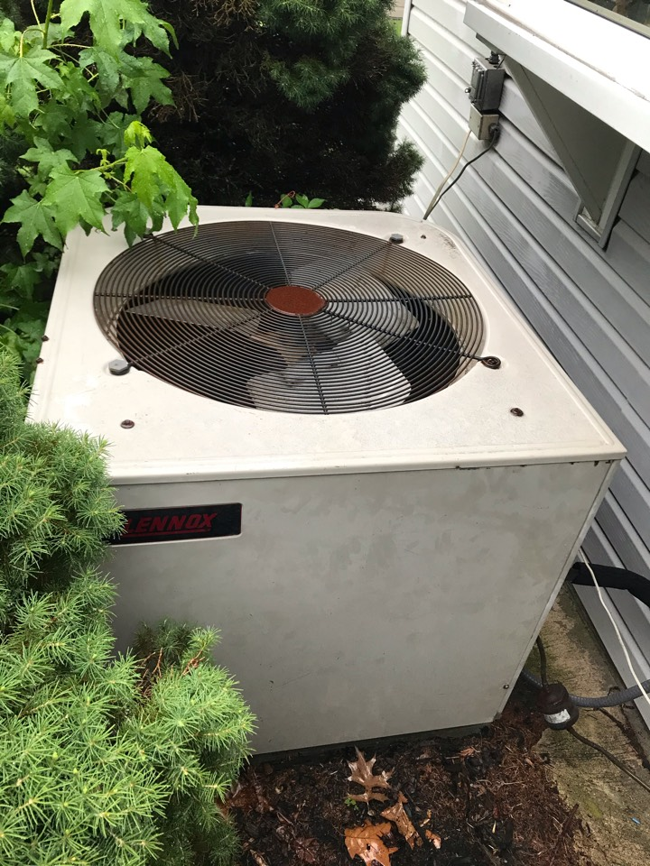 Union, NJ - Replacement of Lennox gas furnace and air conditioning system in Union.
