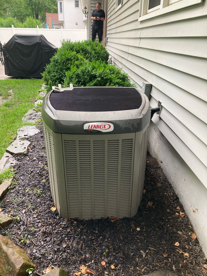 New Providence, NJ - Replacement of Lennox gas furnace and air conditioning system in New Providence.