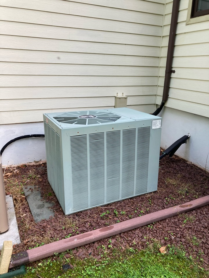 Replacement of Rheem central air conditioning system in Warren.