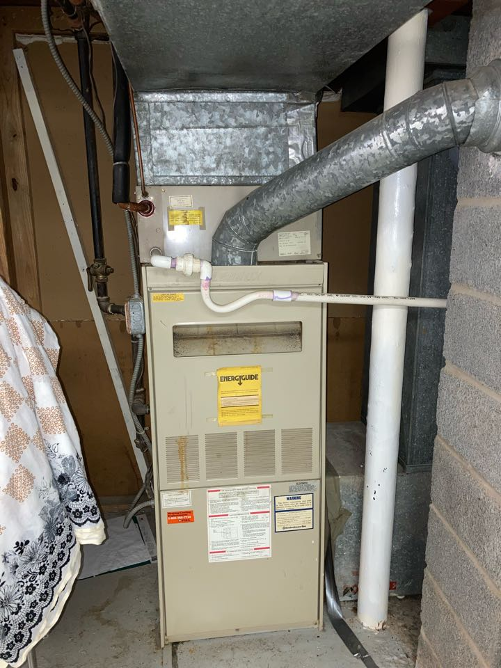 Replacement of Lennox gas furnace in Colonia.