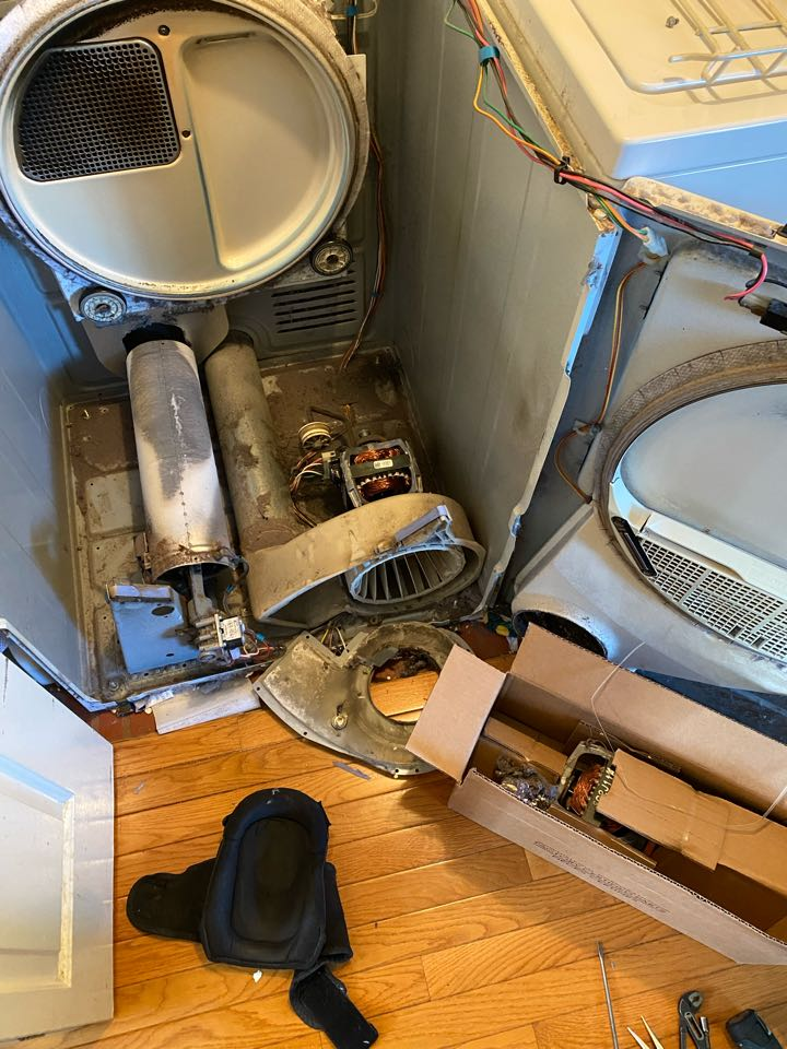 Hoffman Estates, IL - Replaced motor on Maytag dryer that was running loud.