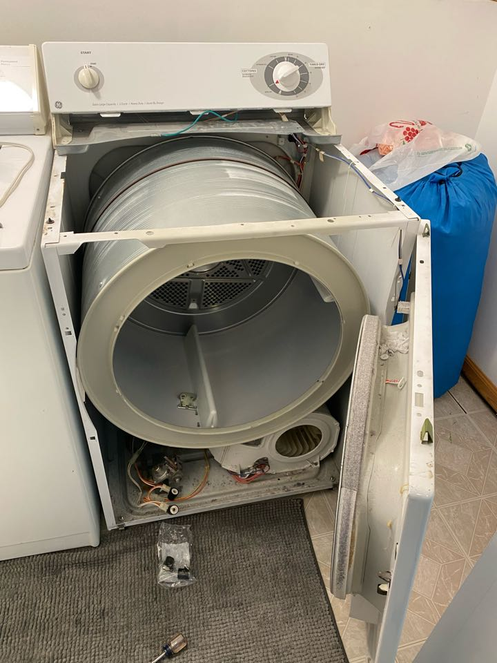 Hoffman Estates, IL - Replaced operating coils on gas valve for GE dryer that had no heat.