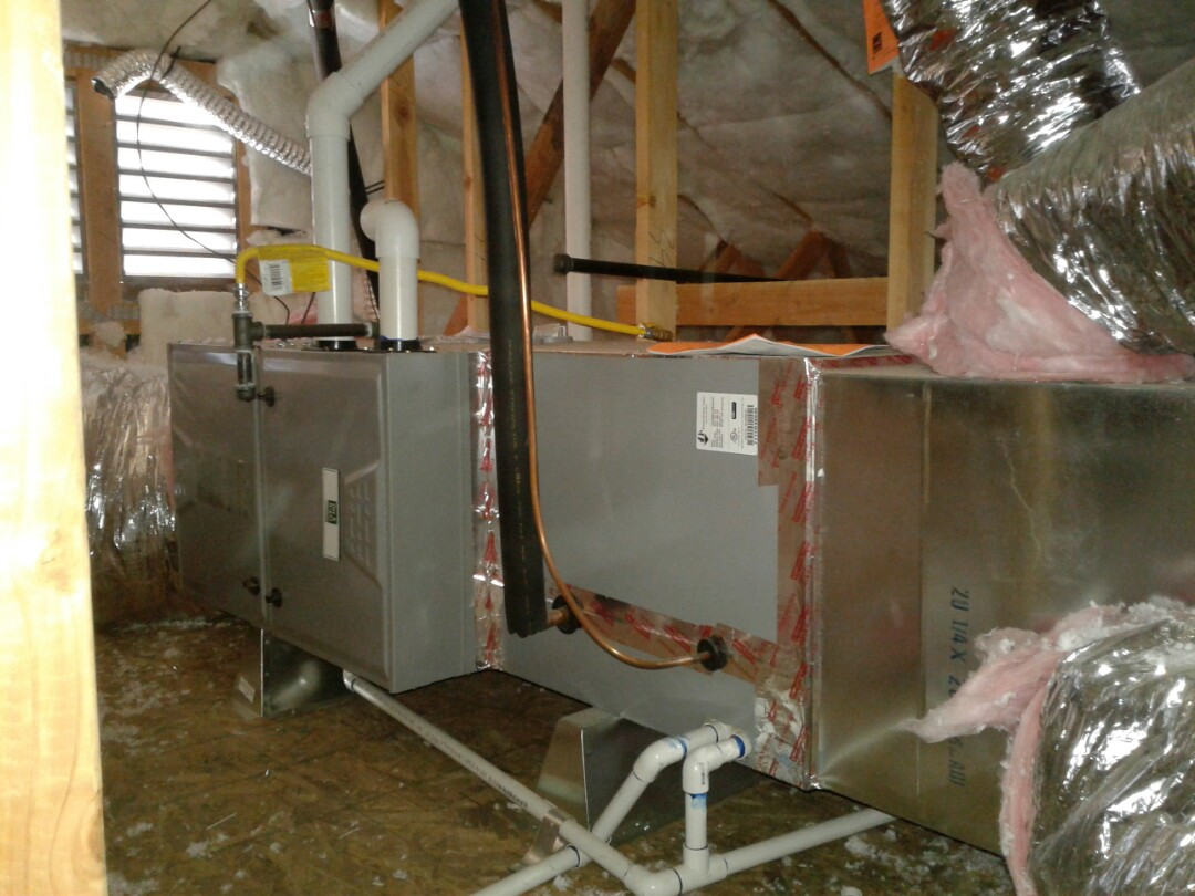 Hesperia, CA - Installed new 4 ton 410A Day and Night heater and air conditioning system