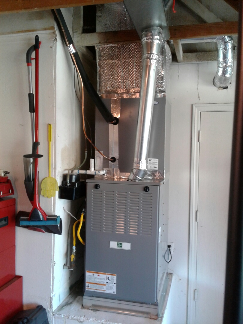 Victorville, CA - Changed out old 5 ton air conditioning unit and heater. Installed new 5 ton 410 A day and night air conditioning system and new day and night furnace.