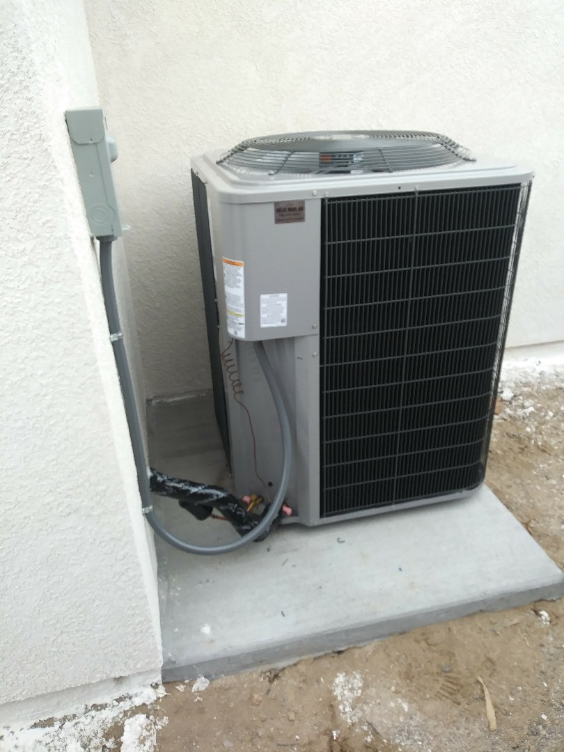 Victorville, CA - 1/29/19. Victorville.  Residential Home. Installing day and night 4 ton 16 seer condensing unit.