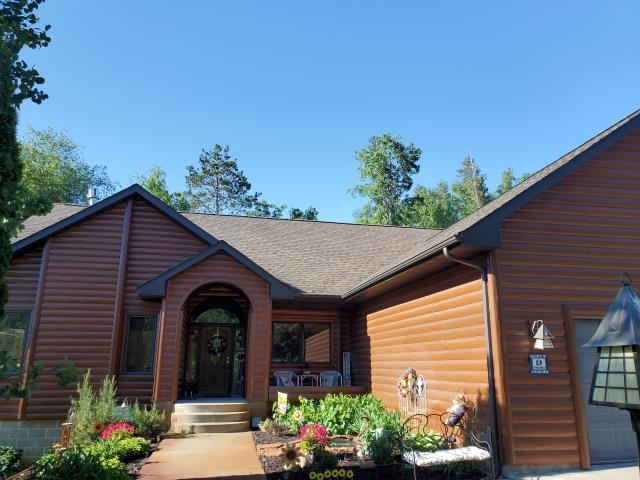 Baxter, MN - We installed a new GAF Timberline HDZ roof in the Barkwood color.