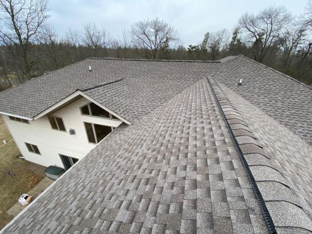 Baxter, MN - We installed a new GAF Timberline HDZ roof in Baxter, MN.
