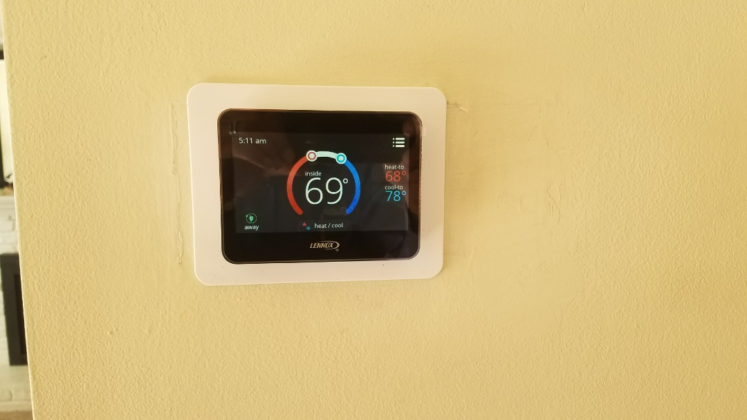 Glendora, CA - Installation of new thermostat