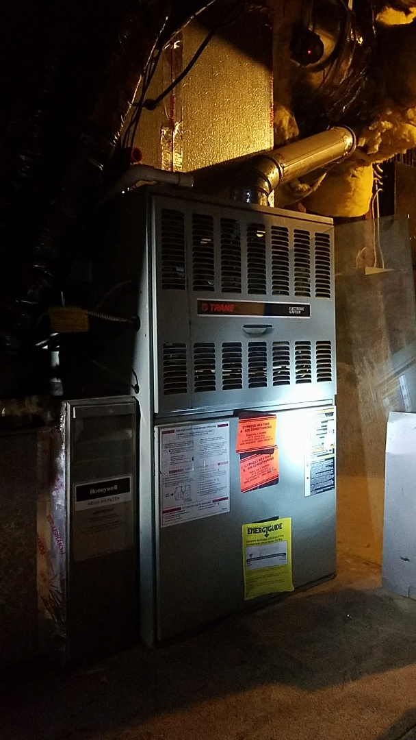 Pasadena, CA - Cypress tune up to service to Trane furnace.