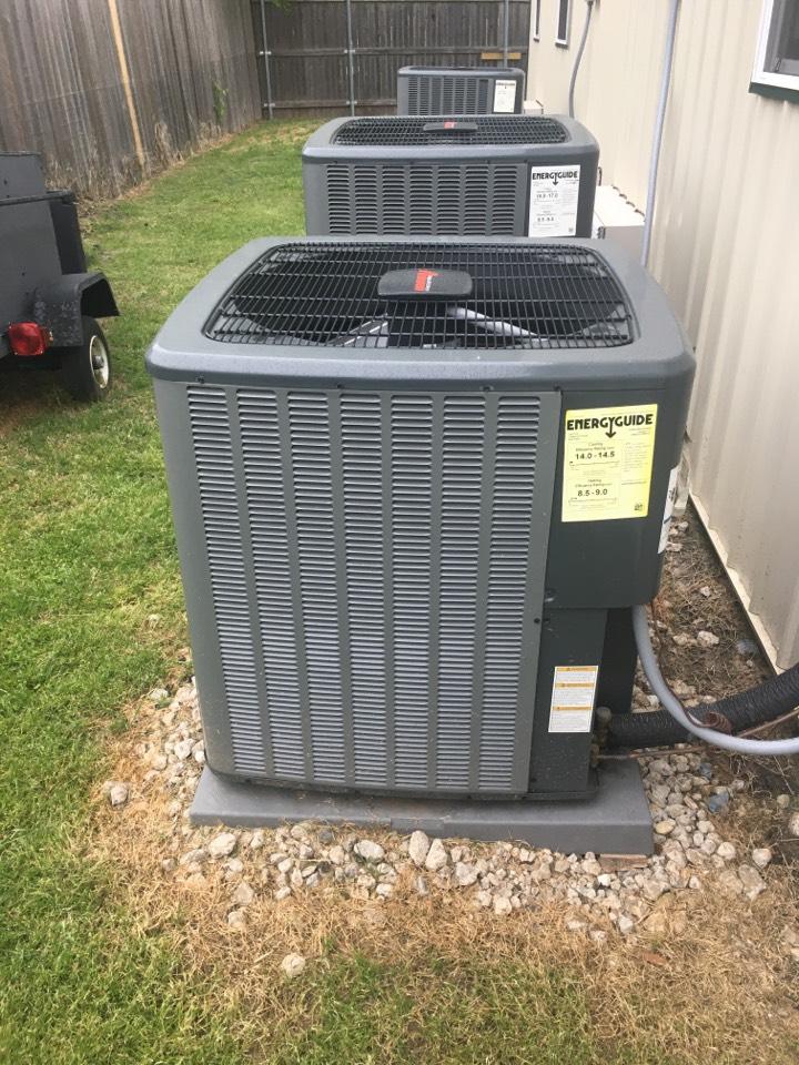 Waxahachie, TX - Installing amana condenser