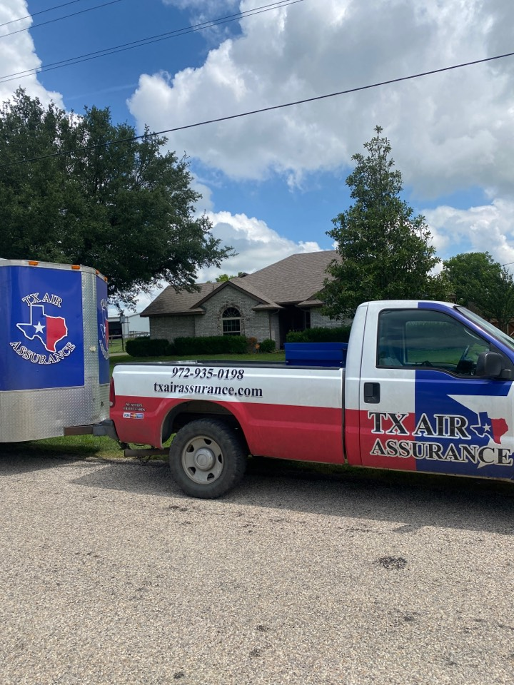 Doing an ac maintenance and air duct cleaning for a great customer I waxahachie.