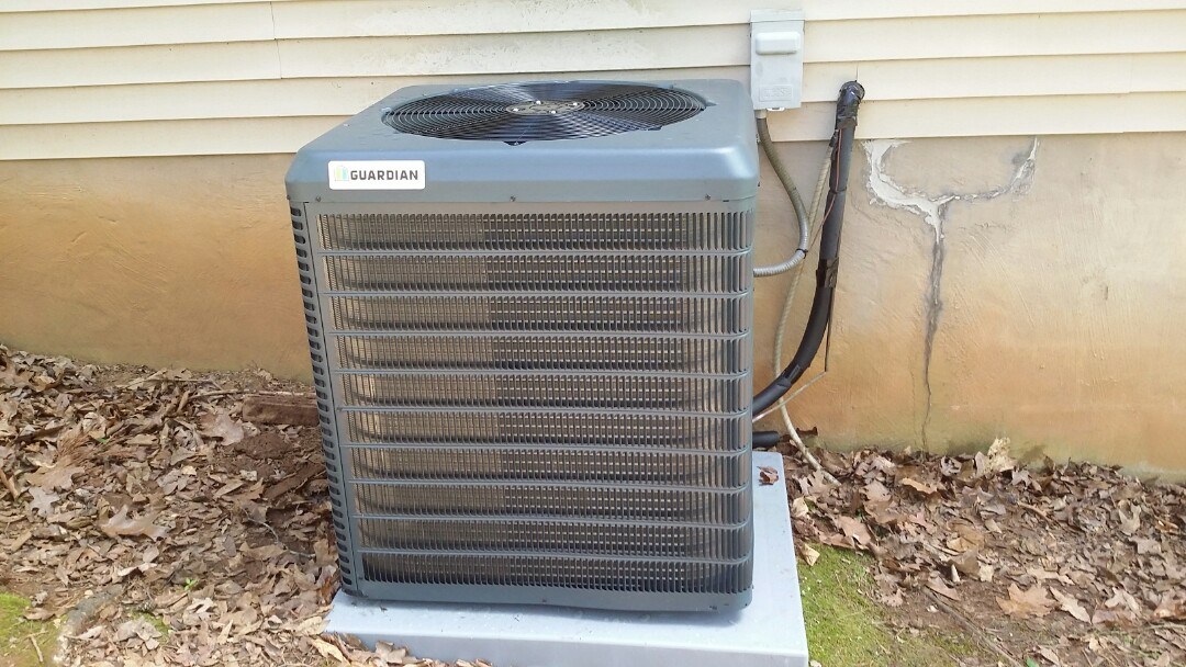 Knoxville, TN - Installed Guardian 3.5 Ton 14 seer Heat pump System in Knoxville.