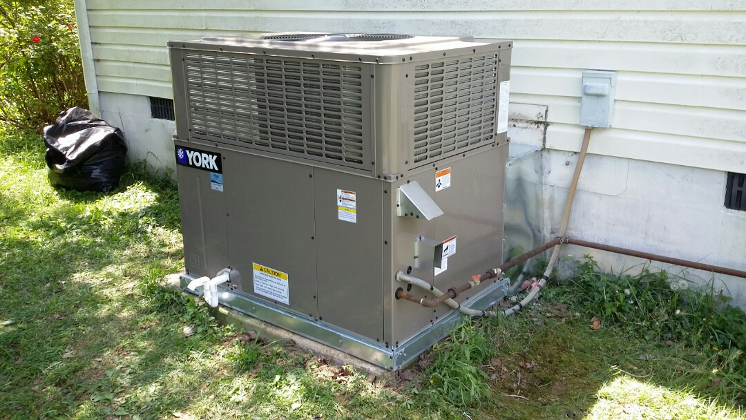 Installed York 2 Ton 14 seer Gas Package unit in Seymour